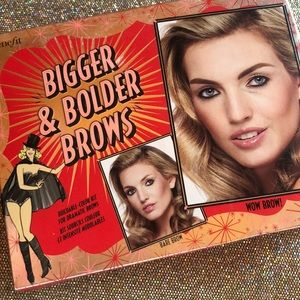benefit BIGGER & BOLDER BROWS 🦹🏻♀️